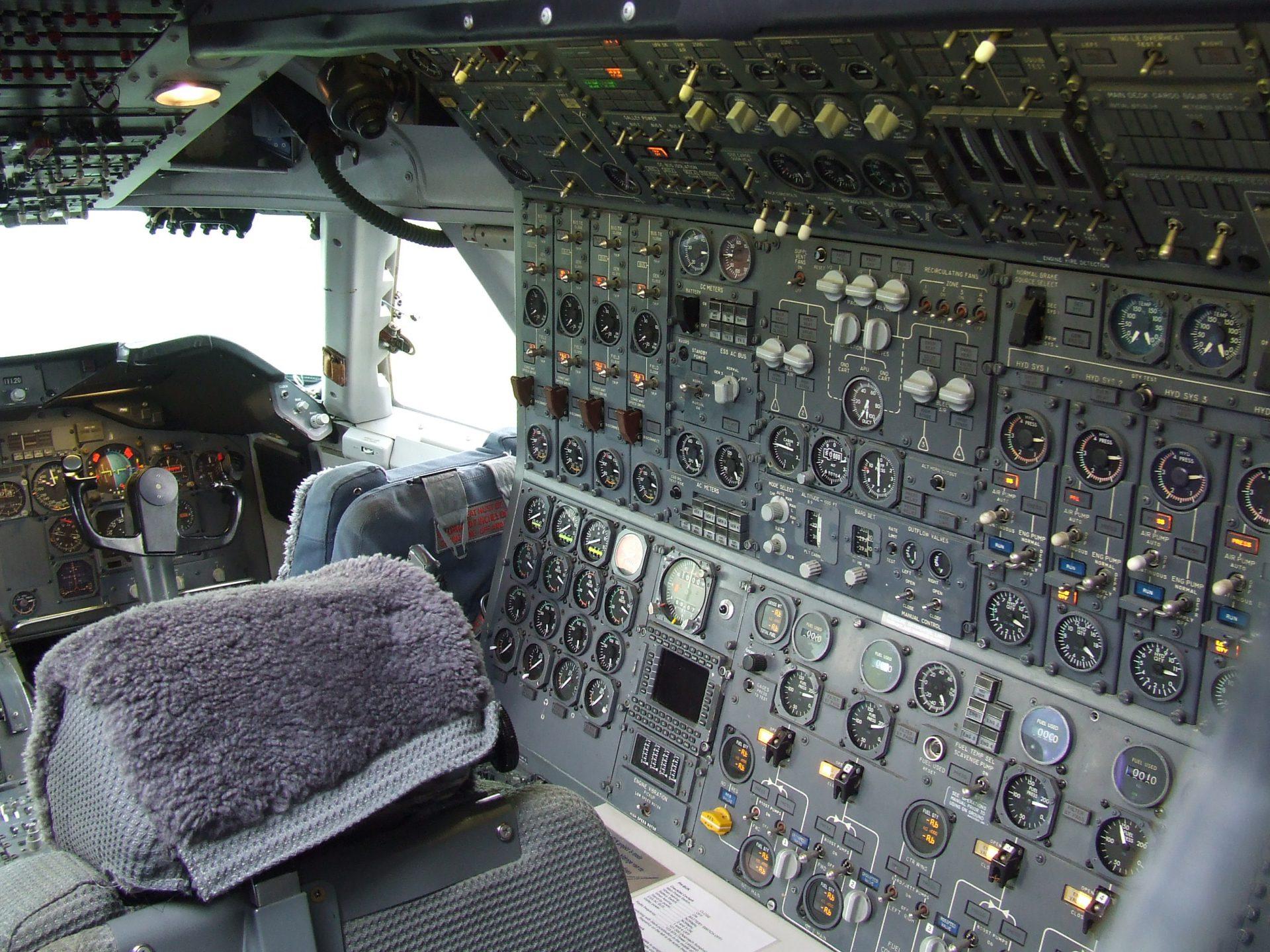 นักบินที่ 3