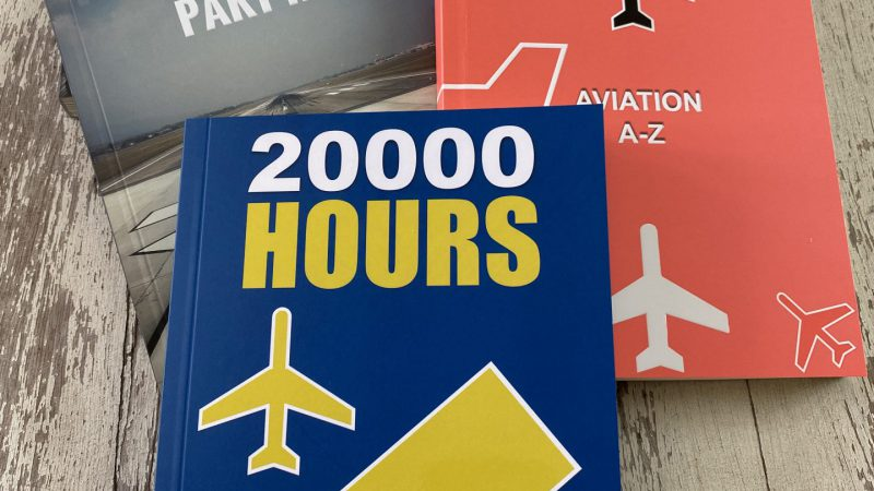 บทความจากเฟสบุ๊ค เป็นหนังสือนักบิน A Pilot Book